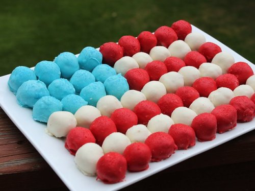 July Fourth cake pops
